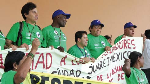 Waste pickers united at COP16 in Mexico.
