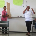 Dinâmica da árvore: discussões sobre autonomia / An activity called the Tree Dynamic involved discussions about autonomy.