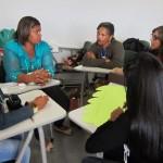 Discussões em grupo durante a oficina de gênero / Group discussions during the gender workshop