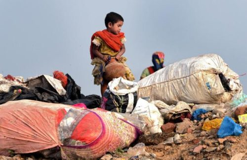 A girl at the Ghazipur landfill in Delhi Photo S. Subramaniumsubra