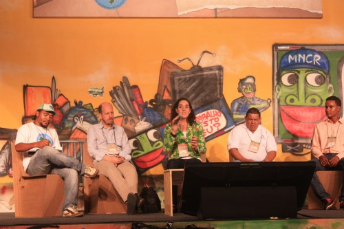 Lucia Fernandez speaks at global panel at Expocatadores